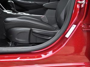 2018款320 自动炫锋都市版 座椅调节
