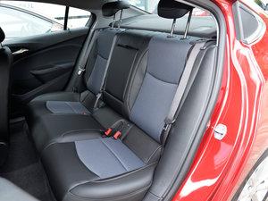 2018款320 自动炫锋都市版 后排座椅
