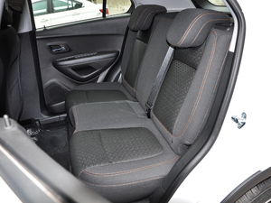 2018款1.4T 自动精英型 后排座椅