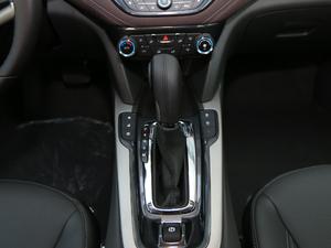2018款1.5T 自动豪华版 变速挡杆