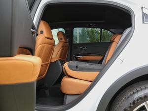 2018款28T 四驱铂金版 后排座椅放倒
