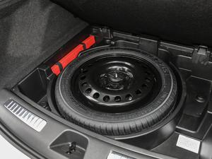 2018款28T 四驱铂金版 备胎
