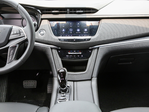 2020款28T 两驱豪华型 中控台