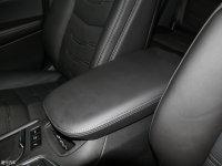 空间座椅凯迪拉克XT6前排中央扶手
