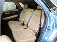 空间座椅凯迪拉克XT5混动后排座椅