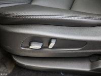 空间座椅凯迪拉克XT5座椅调节