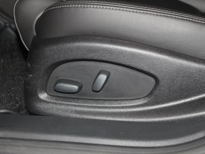 2018款28T 技术型 座椅调节