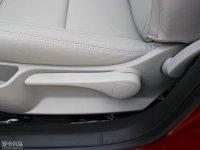 空间座椅世嘉两厢座椅调节