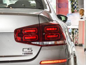 2017款350THP 自动豪华型 尾灯