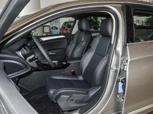 2017款350THP 自动豪华型 前排座椅