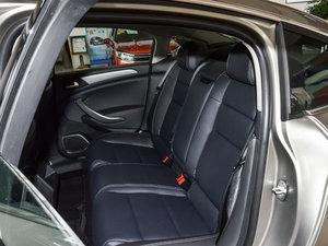 2017款350THP 自动豪华型 后排座椅