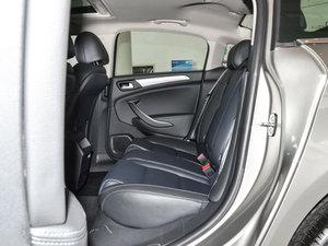 2017款350THP 自动豪华型 后排空间