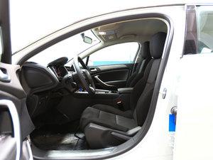 2017款350THP 自动舒适型 前排空间