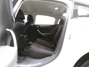 2017款350THP 自动舒适型 后排空间