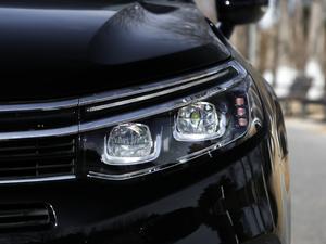 2017款380THP 自动尊贵型 头灯