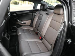 2017款380THP 自动尊贵型 后排座椅