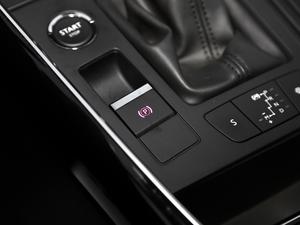 2017款380THP 自动尊贵型 驻车制动器