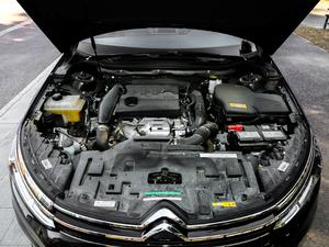 2017款380THP 自动尊贵型 发动机