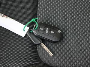 2018款1.6L 自动豪华型 钥匙
