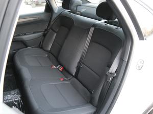 2018款1.6L 自动豪华型 后排座椅