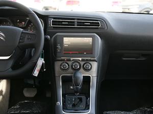 2018款1.6L 自动豪华型 中控台