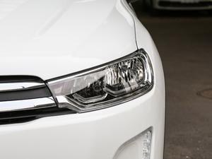 2018款1.6L 自动先锋型 头灯