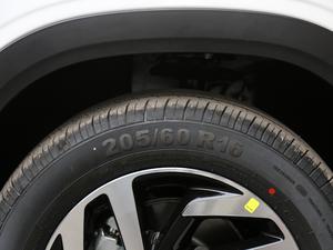 2018款1.6L 自动先锋型 轮胎尺寸