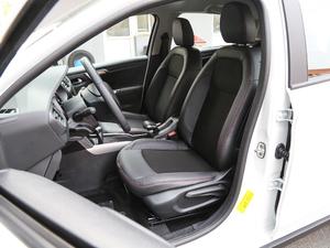 2018款1.6L 自动先锋型 前排座椅