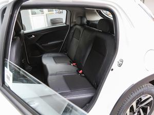 2018款1.6L 自动先锋型 后排座椅
