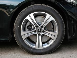 2019款C 260 L 运动版 轮胎