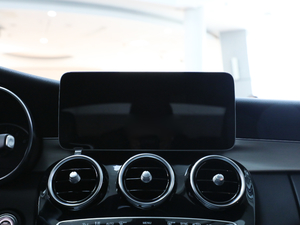 2019款C 260 运动版 中控台显示屏