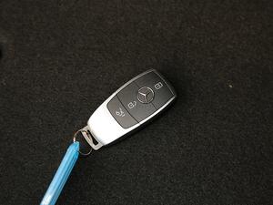 2019款C 260 运动版 4MATIC 钥匙