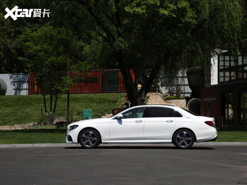 北京奔驰2019款奔驰E级