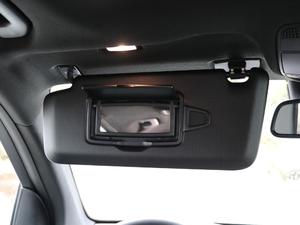 2019款GLC 300 L 4MATIC豪华型 遮阳板