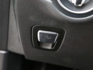 2019款GLC 300 L 4MATIC豪华型 驻车制动器