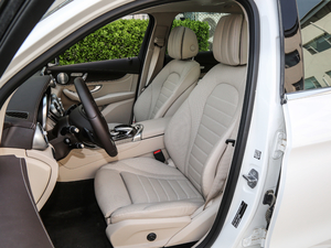 2019款GLC 300 L 4MATIC豪华型 前排座椅