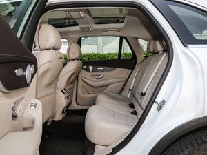 2019款GLC 300 L 4MATIC豪华型 后排空间