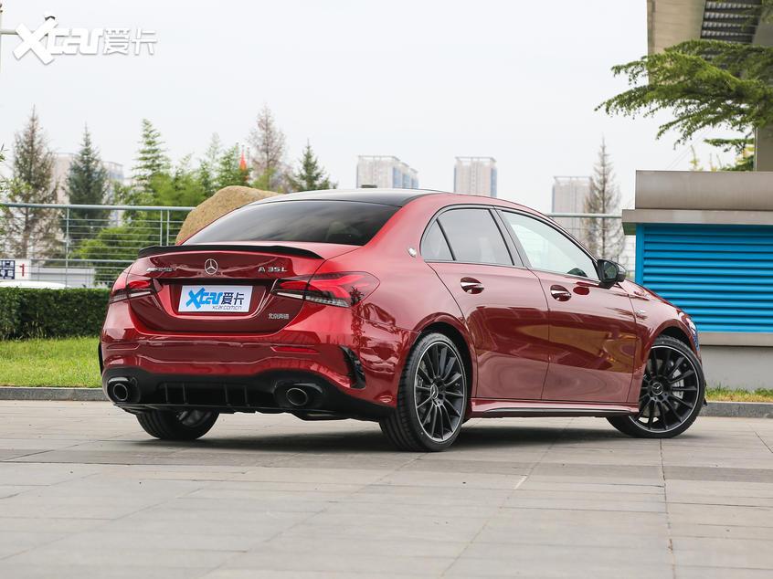 北京奔驰2019款奔驰A级AMG