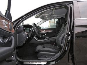 2016款E 200L 前排空间