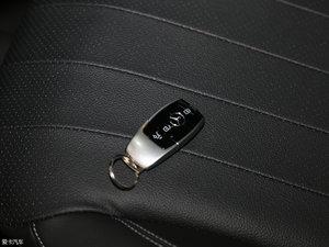 2016款E 200L 钥匙