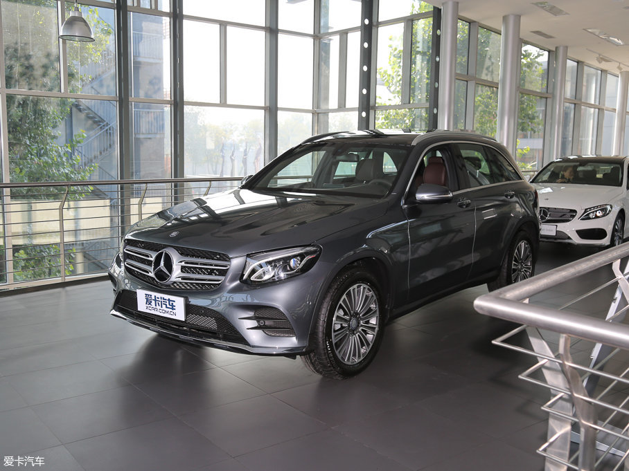 2017款奔驰GLC GLC 200 4MATIC
