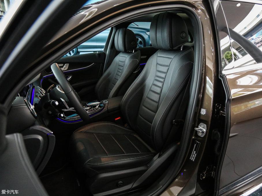 2017款奔驰E级 前排座椅