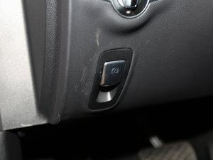 2017款E 200 4MATIC 运动版 驻车制动器