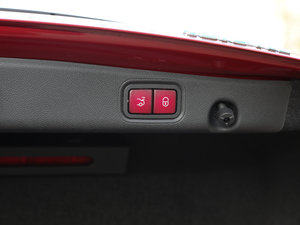 2017款E 200 4MATIC 运动版 其它