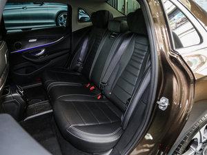 2017款E 300L 运动时尚型 后排座椅