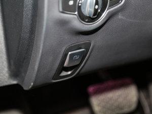 2017款E 300L 运动时尚型 驻车制动器