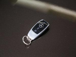 2017款E 300L 运动时尚型 钥匙