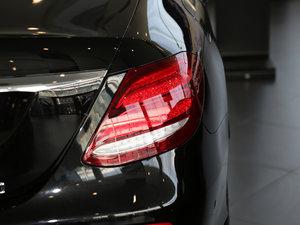 2017款改款 E 300 运动型 尾灯
