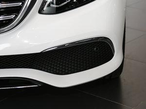 2017款E 300L 豪华型 雾灯