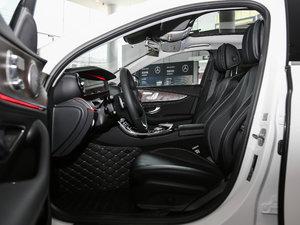 2017款E 300L 豪华型 前排空间